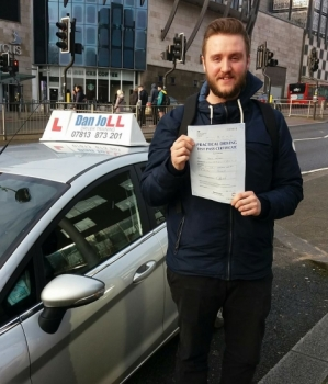 Very well done to Daryl for passing his driving test this morning with only a few faults. Well deserved Daryl, I´m sure you´ll be a great driver and enjoy freedom in your Fiesta!