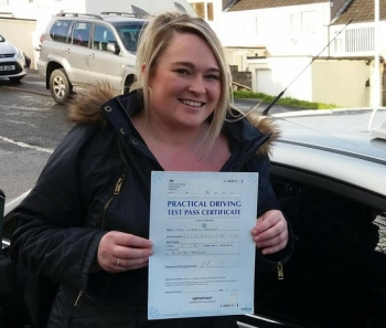 A fantastic result for Claire today, passed her driving test FIRST time with just 3 faults. Even the examiner said it was one of the best drives he´s seen all week, being a Thursday afternoon that´s a great compliment! Nice one Claire!